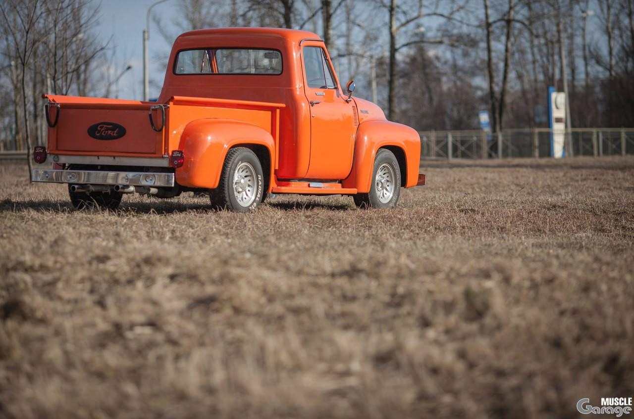 ford 100 1955 года выпуска